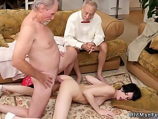 Hardcore and big cock old daddy anal Frannkie goes down the Hersey highway - Alex Harper