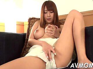 sole fetish dirty mom