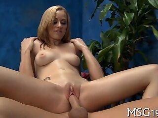 Experienced blonde cock sucker