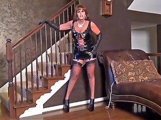 Mistress Samantha is here!