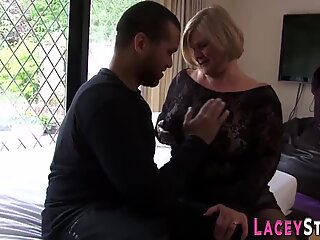 Old gilf gets railed and strokes