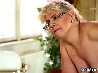 Fat mature woman Viola