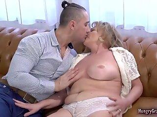 Blonde granny slammed