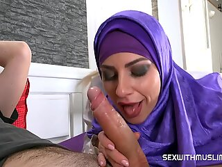 big fake muslim tits Nathaly Cherie