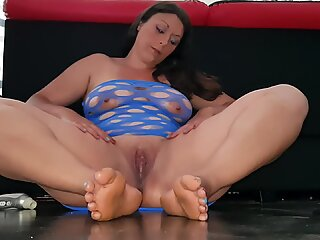 Squirt on my Feet